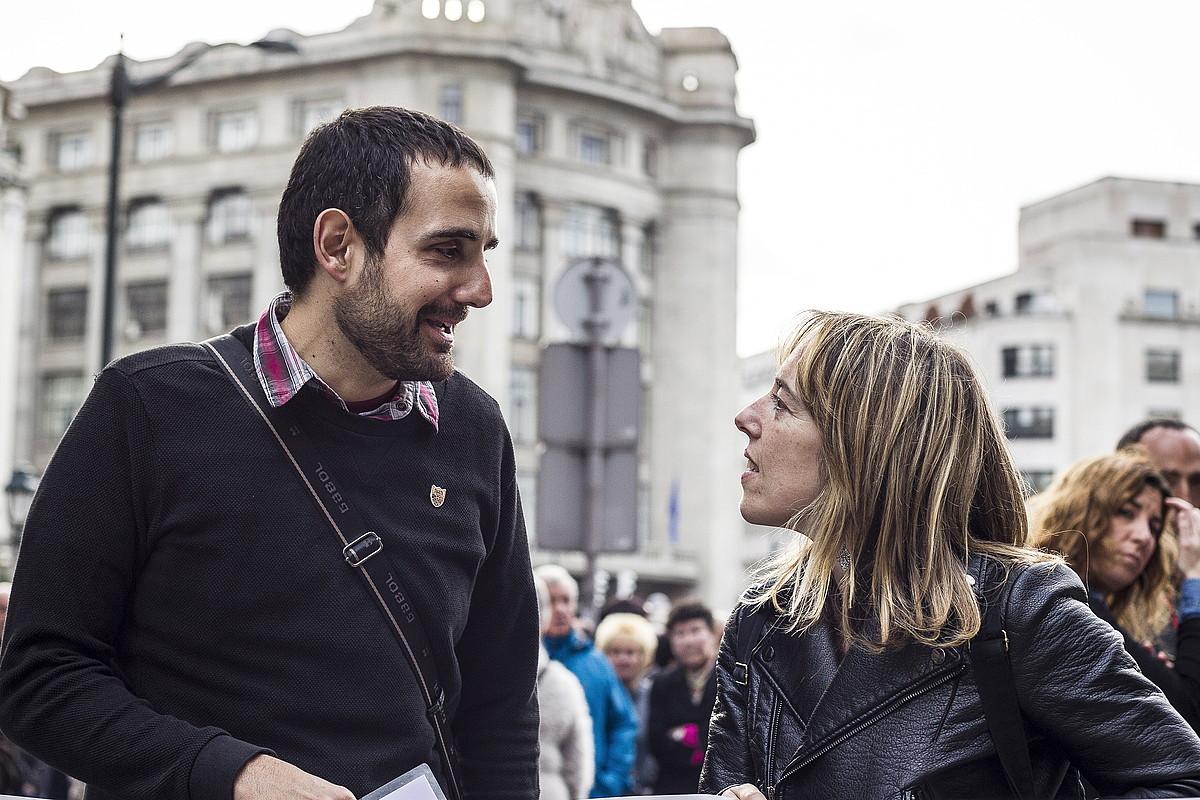 Eneko Compains eta Sandra Barrenetxea, iazko martxoan, Bilbon, torturaren kontrako manifestazioan. ©ARITZ LOIOLA / FOKU