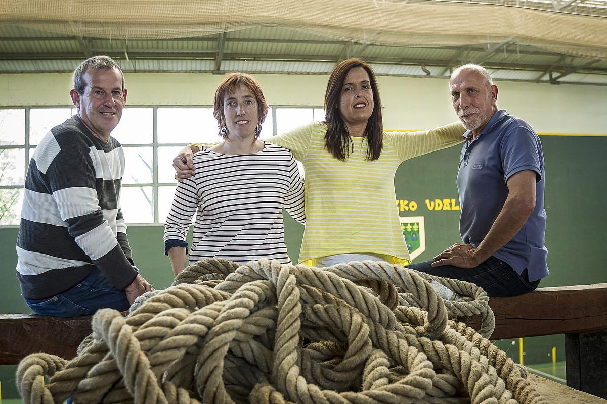 Jon Iñaki Mardaras, Nerea Egurrola, Itziar Ansoleaga eta Jose Ignacio Goirigolzarri. ©ARITZ LOIOLA / FOKU