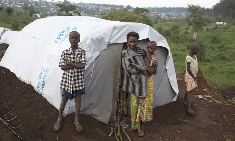 Kongoko Errepublika Demokratikoko ipar-ekialdeko errefuxiatu asko Ugandako Nyakivale eta Kyangwali kanpamentuetan hartu dituzte. ©OSKAR EPELDE