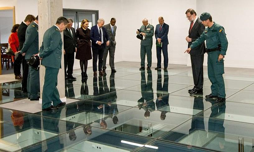 Mariano Rajoy Logroñon izan zen atzo goizean, Guardia Zibilaren ekitaldi batean, ETAren adierazpena kaleratu aurretik. / ABEL ALONSO / EFE