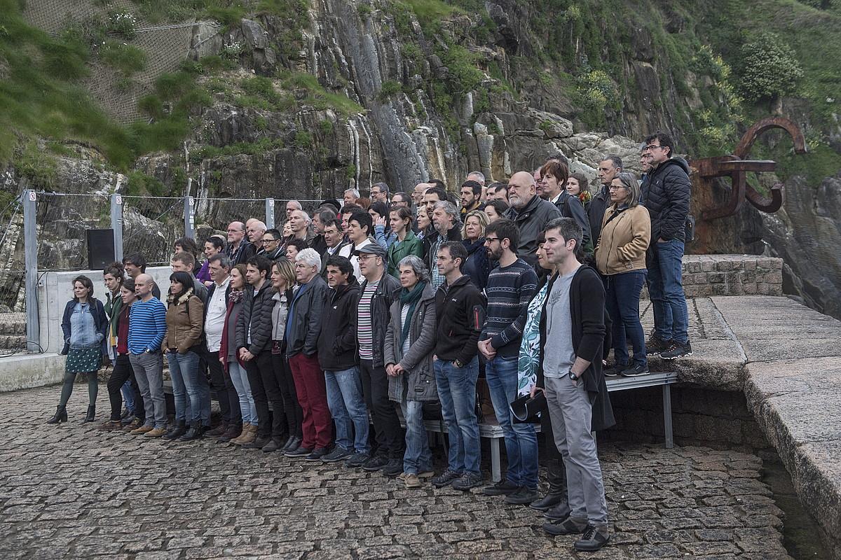 Sortuko kideak, Donostian egindako agerraldian. / JON URBE / FOKU