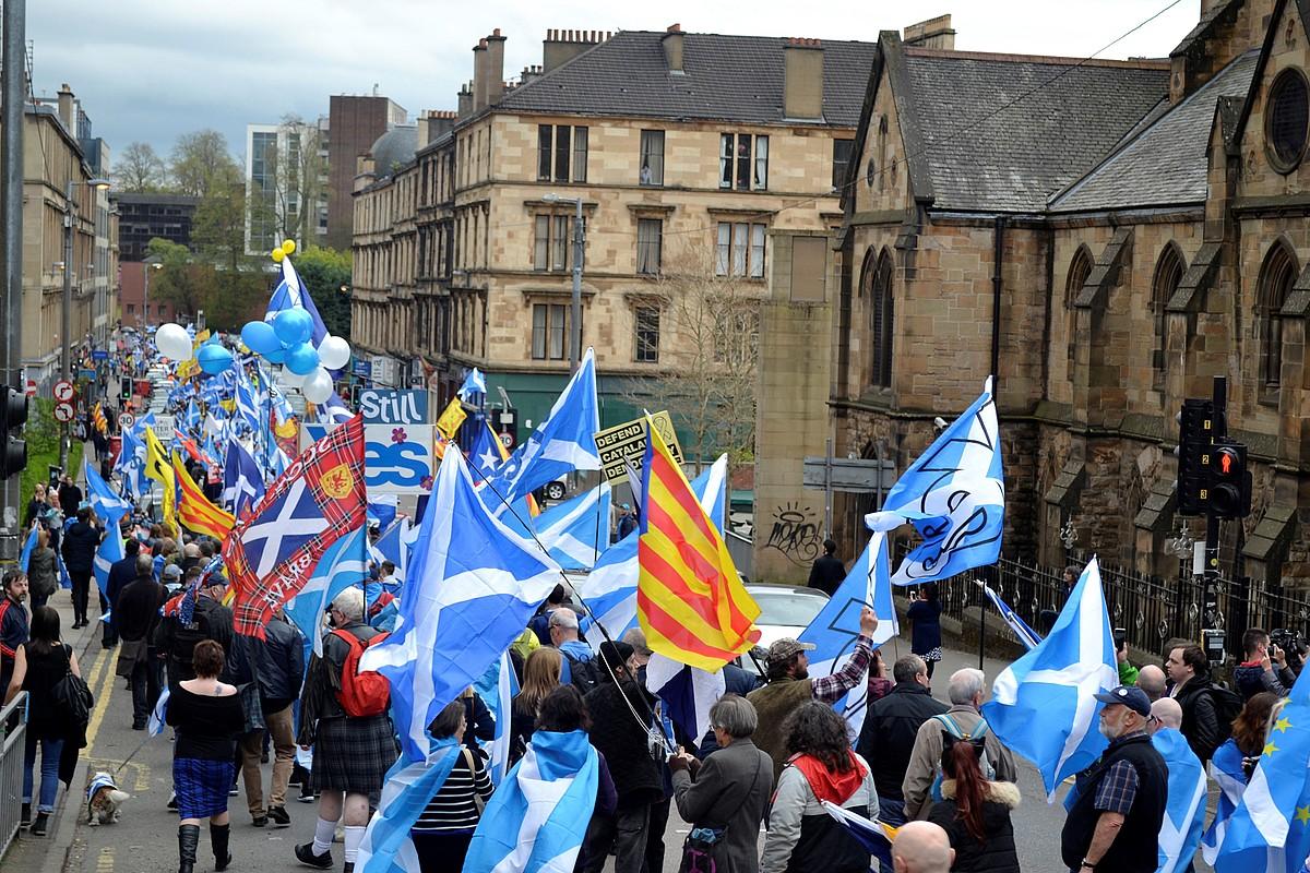 Glasgown atzo erreferendumaren alde egindako manifestazioaren irudia. ©REMEI CALABUIG / EFE