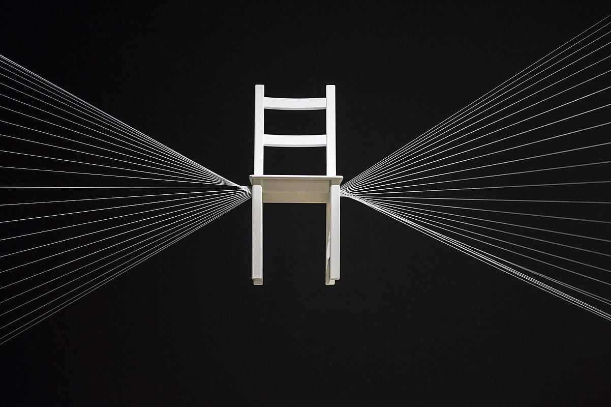Bilboko Guggenheim museoak Esther Ferrer artistari eskainitako erakusketako irudi bat.