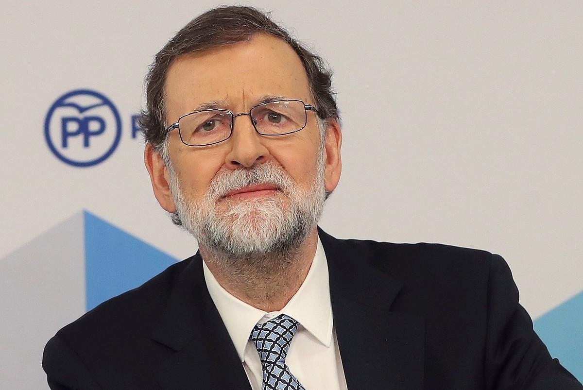 Mariano Rajoy 2004tik PPko presidentea izan denak atzo jakinarazi zuen uko egin diola Alderdi Popularraren lider izateari. Argazkian, atzo, Batzorde Exekutiboaren bileran. ©BALLESTEROS / EFE