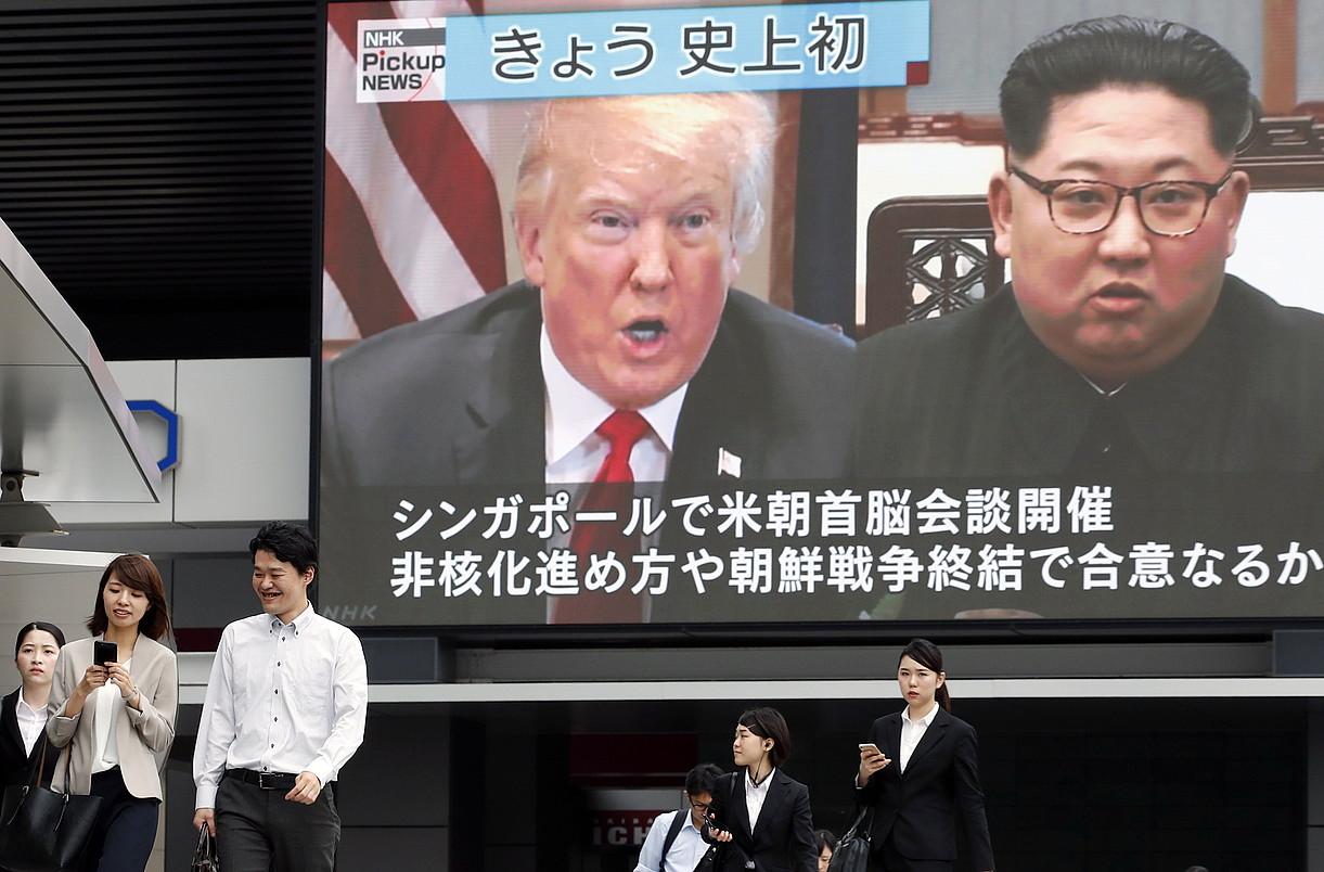 Trumpen eta Kimen goi bileraren informazioa, atzo, Tokion.