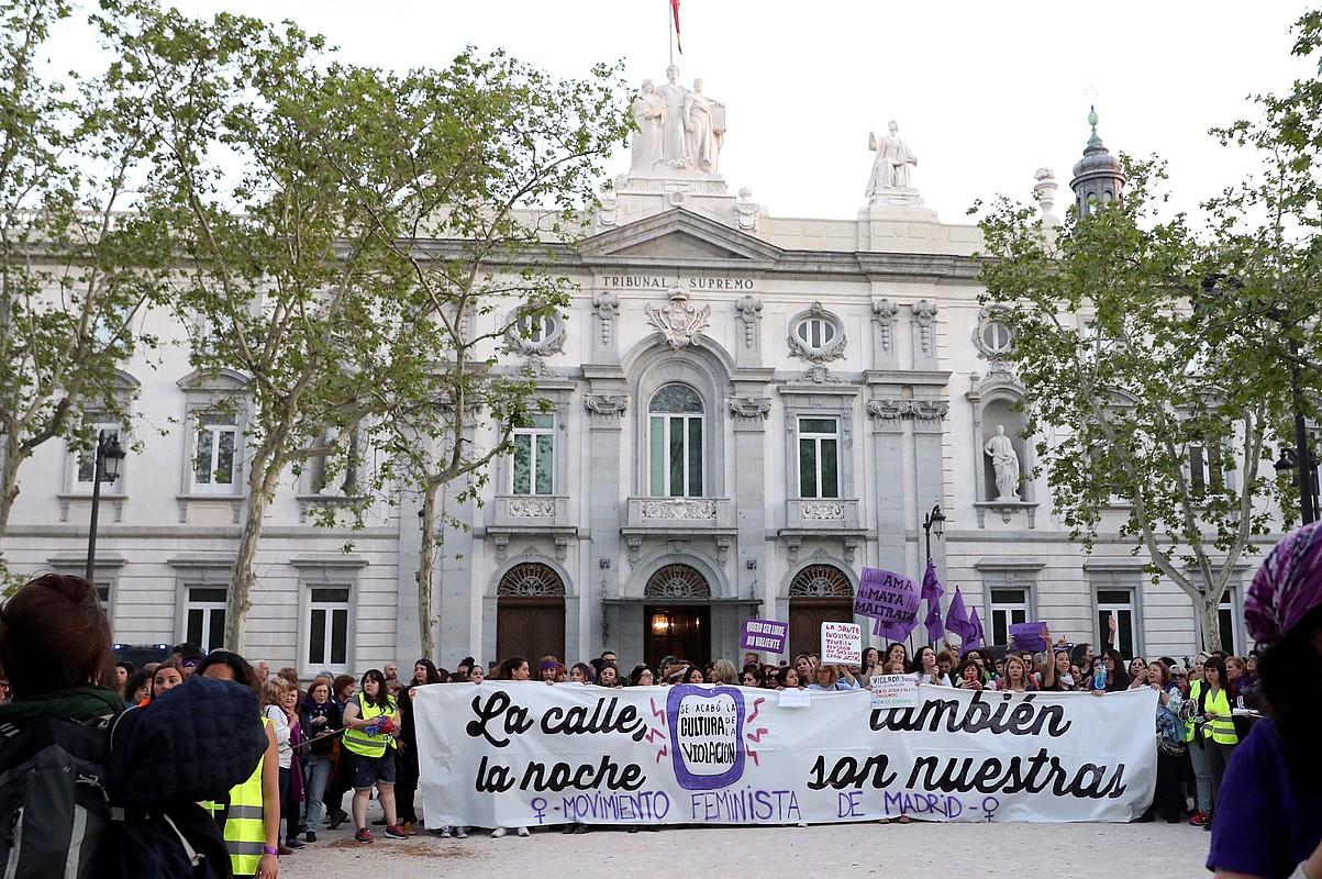 Madrilen, Auzitegi Gorenaren aurrean egindako protesta.