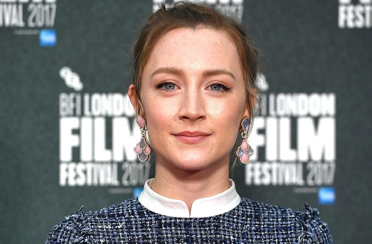 Saoirse Ronan aktorea da <em>On Chesil Beach</em> filmeko protagonista.