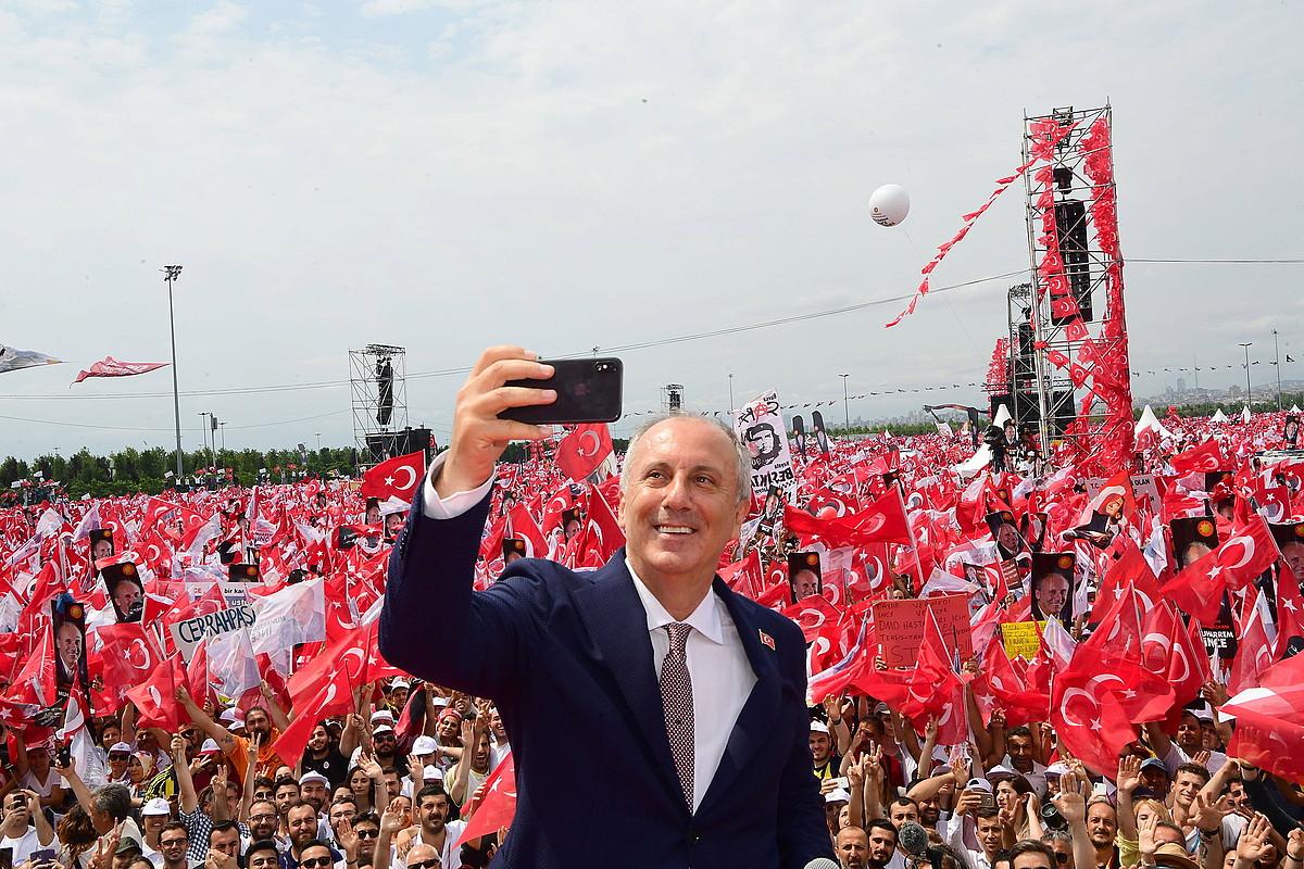 Muharrem Ince CHP alderdiko hautagaia, atzo, Istanbulen. ©ZIYA KOSEOGLU / EFE