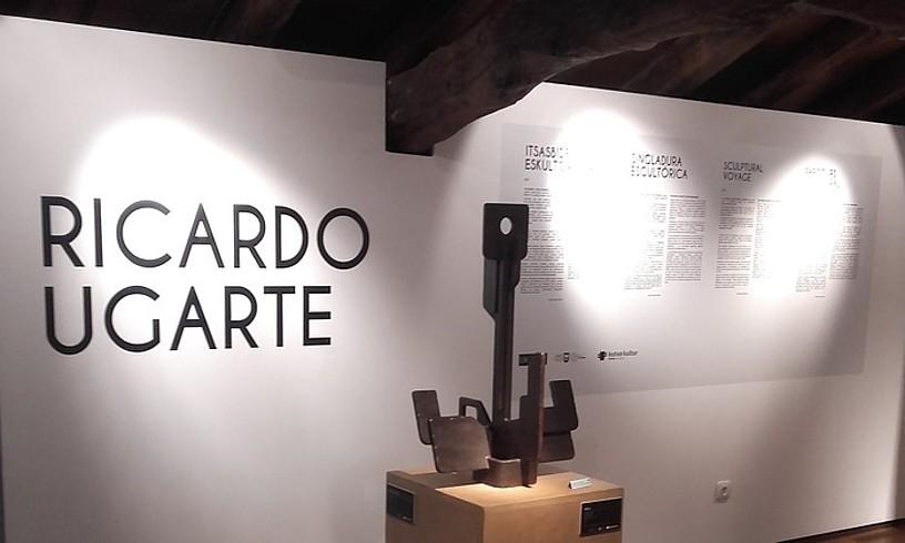 Donostiako Untzi Museoan ikusgai daude Rikardo Ugarteren eskulturak; haietako bat, irudian. ©UNTZI MUSEOA
