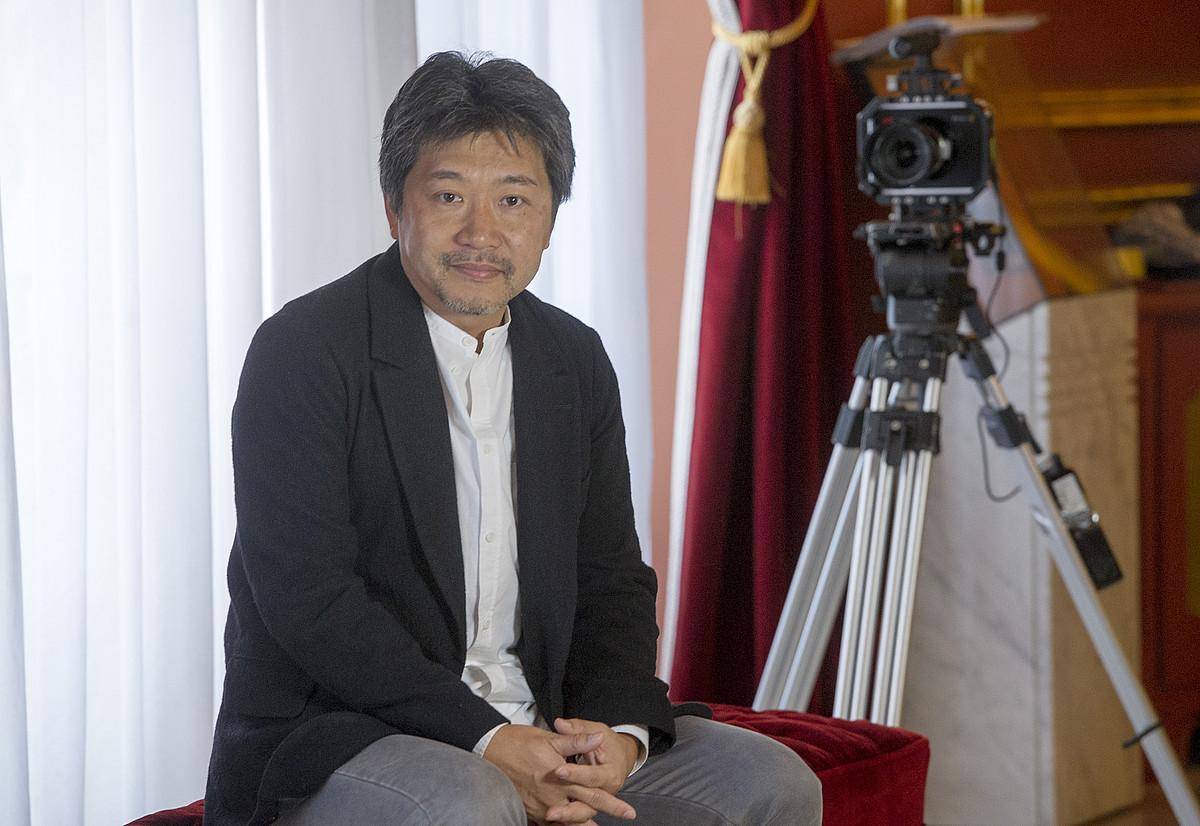 Hirokazu Kore-eda, 2014an, Bilbon Zinebi saria jaso zuenean.