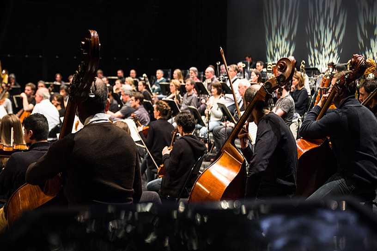 Iparraldeko Orkestra kostaldekoa zen oraino, eta Ipar Euskal Herrikoa bilakatu da. ©MATHIEU PRAT