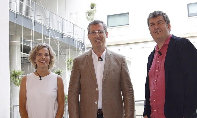 Ezker-eskuin, Edurne Ormazabal, Markel Olano eta Iban Arantzabal, atzo, Donostian. ©MAIALEN ANDRES / FOKU