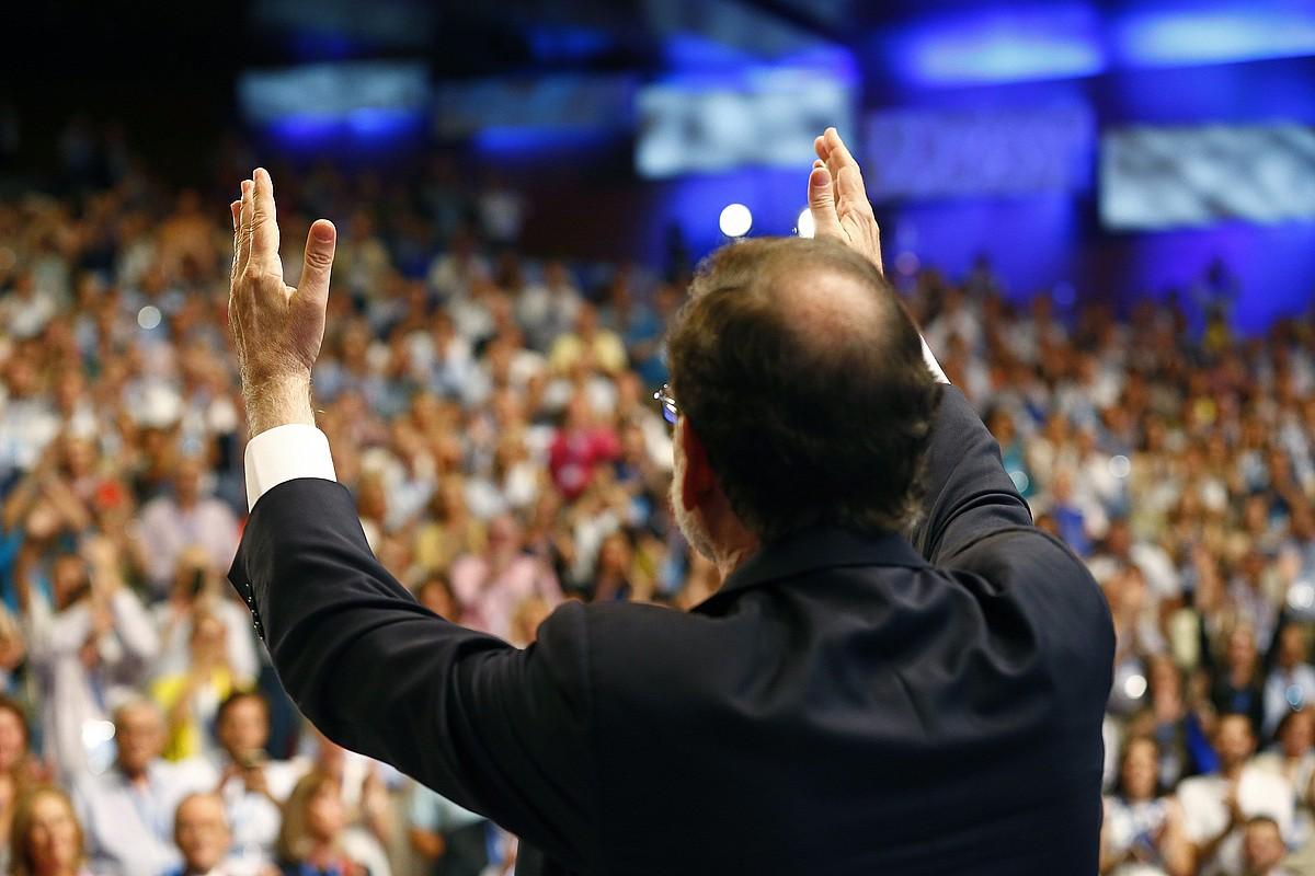Mariano Rajoy, atzo, PPko presidente gisa bere azken hitzaldia eman ondoren.