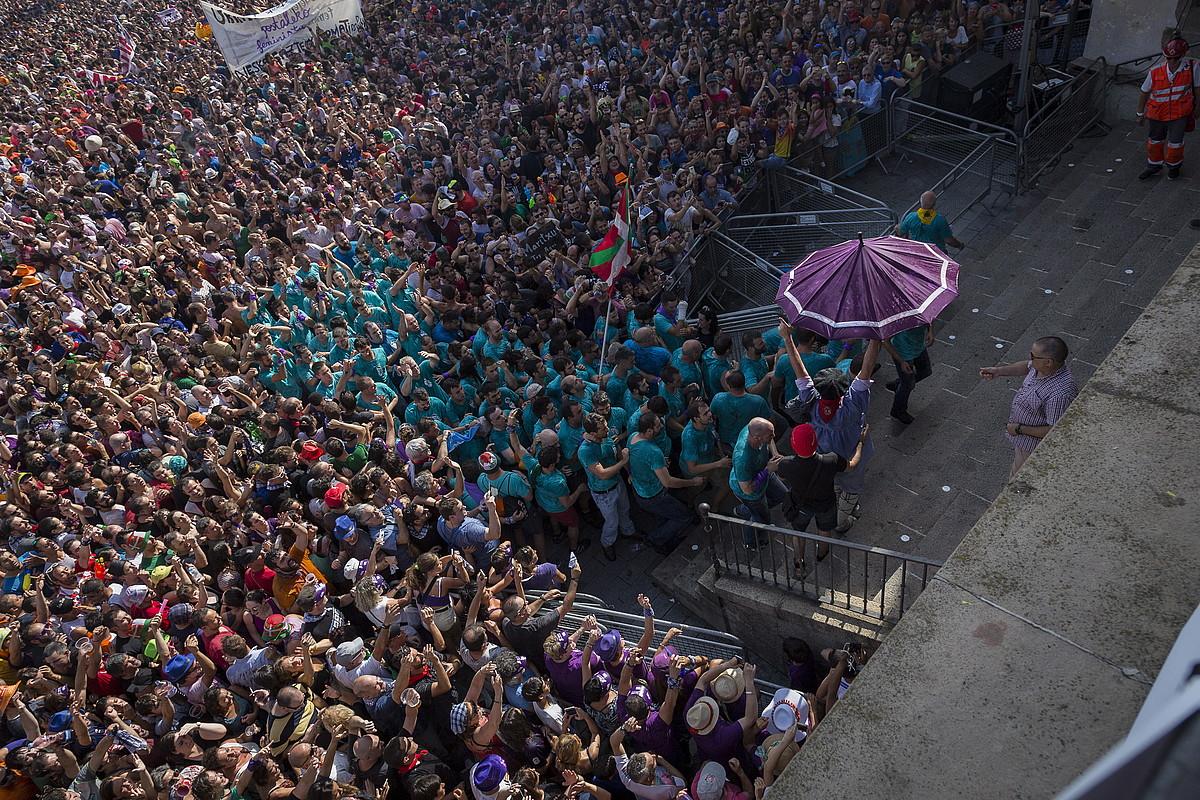 Jende andanak lagunduta egin du Zeledonek San Migelerainoko bidea. ©ENDIKA PORTILLA / FOKU
