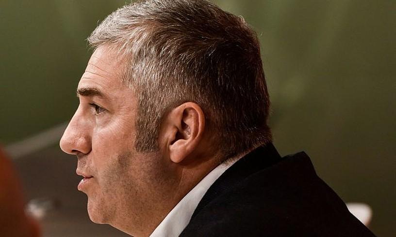 Josu Urrutia Athleticeko presidentea, atzo San Mamesen eginiko prentsaurrekoan.