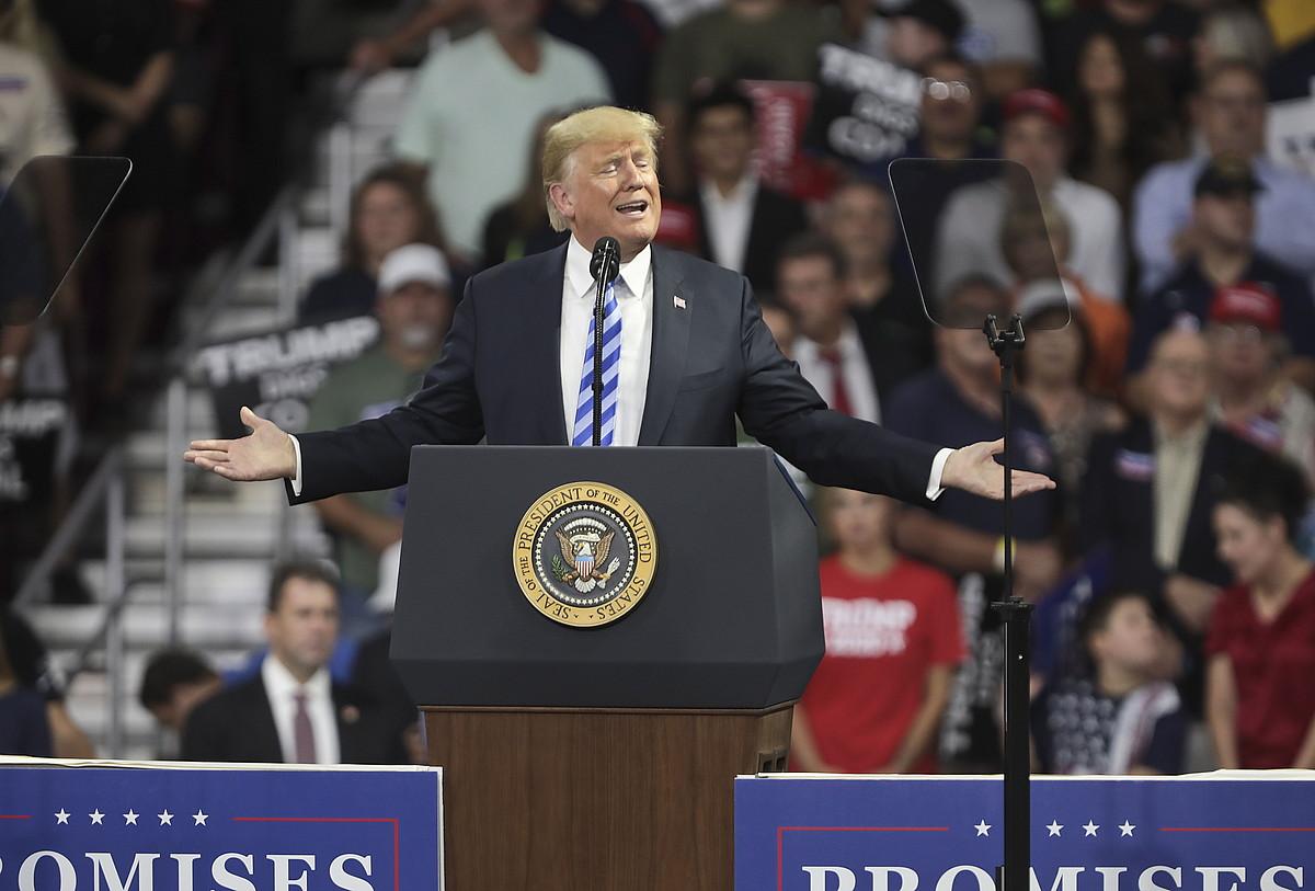 Donald Trump Ameriketako Estatu Batuetako presidentea, herenegun Charlestonen eginiko hitzaldi batean. ©MARK LYONS / EFE
