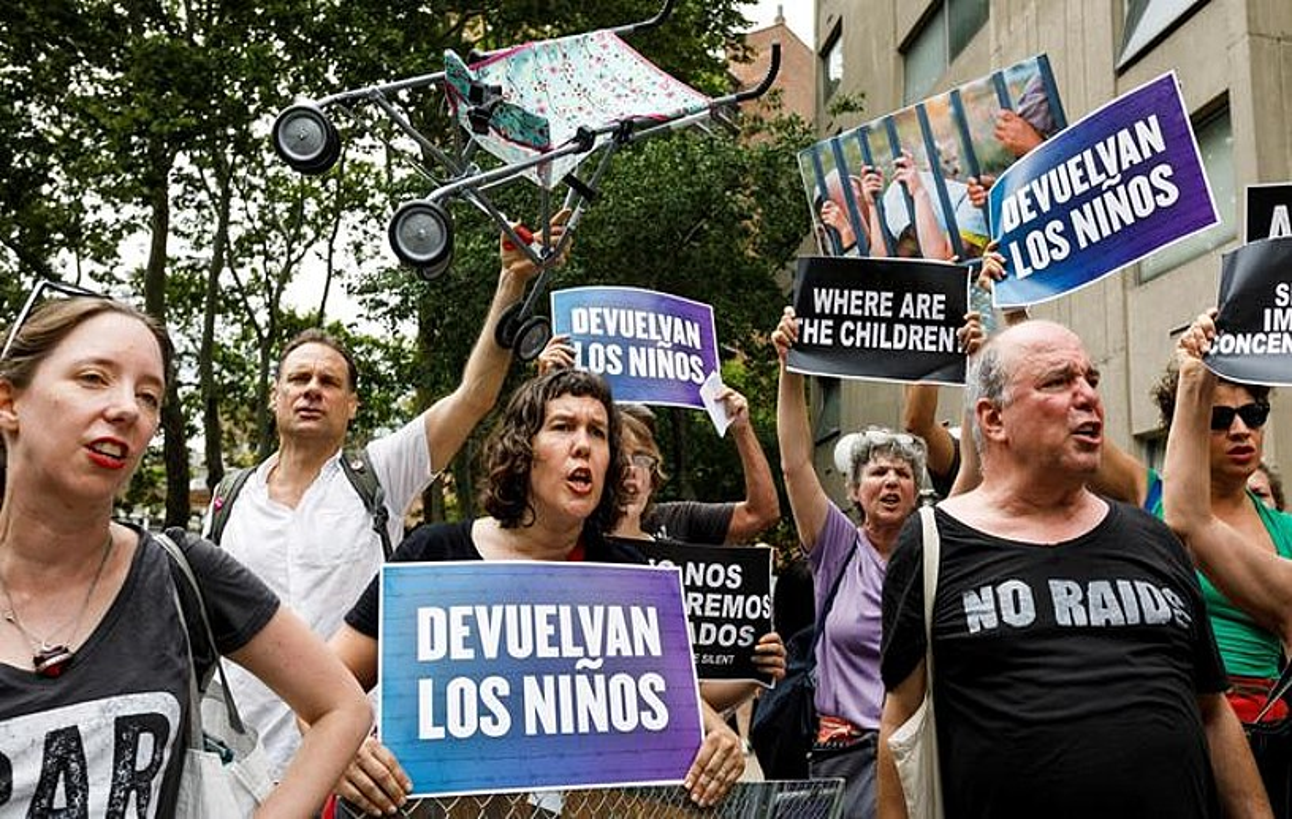 Protesta bat New Yorken, Trumpen immigrazio politiken aurka. ©JUSTIN LANE / EFE