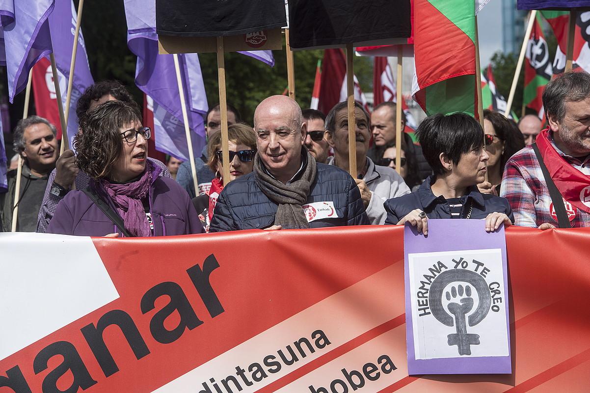 Loli Garcia eta Raul Arza, Maiatzaren Leheneko manifestazioan. ©MARISOL RAMIREZ / FOKU