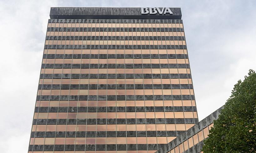 BBVA bankuak Bilboko erdigunean duen eraikina. ©JUANAN RUIZ / FOKU