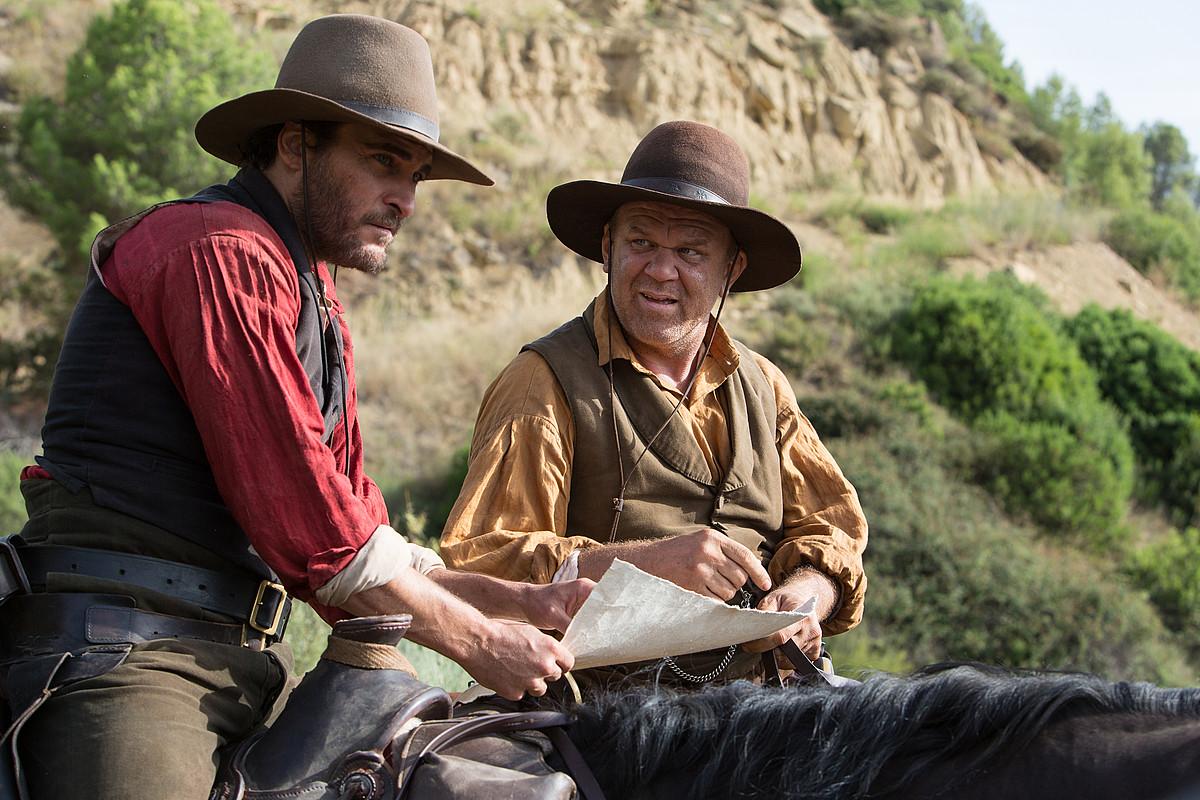 Joaquin Phoenix eta John C. Reilly aktoreak. ©DONOSTIAKO ZINEMALDIA