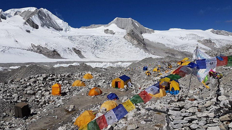 <b>Oinarrizko kanpamendua. </b>Cho Oyu mendiko beheko kanpalekua, 5.700 metrotan.