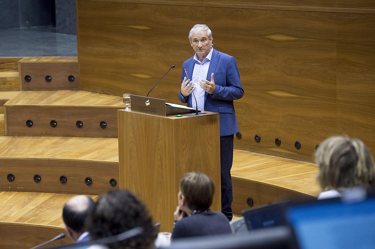 Mikel Aranburu, Nafarroako Parlamentuan, urriaren hasieran. ©IÑIGO URIZ/ FOKU