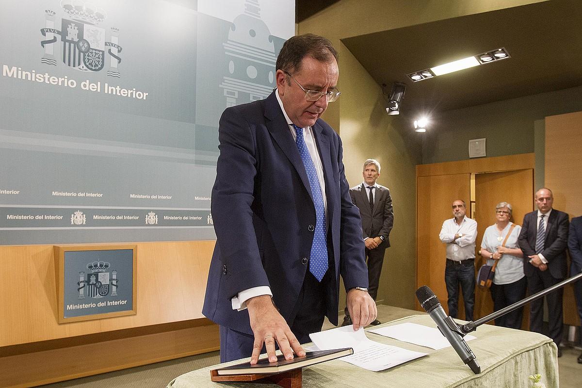 Angel Luis Ortiz, ekainaren 25ean, Madrilen, Espainiako Espetxe Instituzioetako idazkari nagusi kargua hartzen. / BERRIA