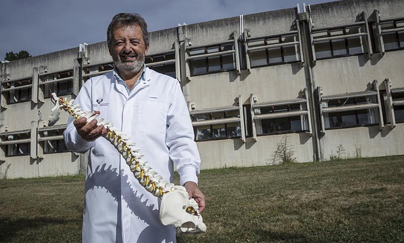 Angel Bidaurrazaga, EHUko Medikuntza eta Erizaintza Fakultateko anatomia irakaslea.