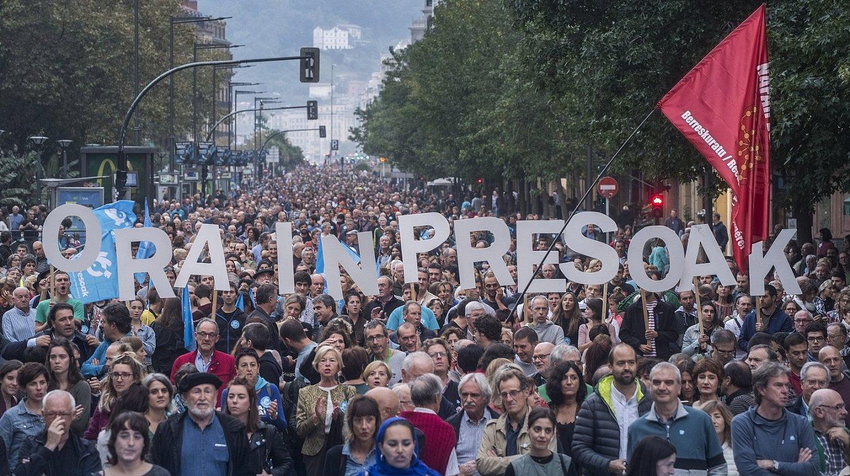 Orain Presoak dinamikak deituta atzo Donostian egin zen manifestazioa. / SINADURA / AGENTZIA
