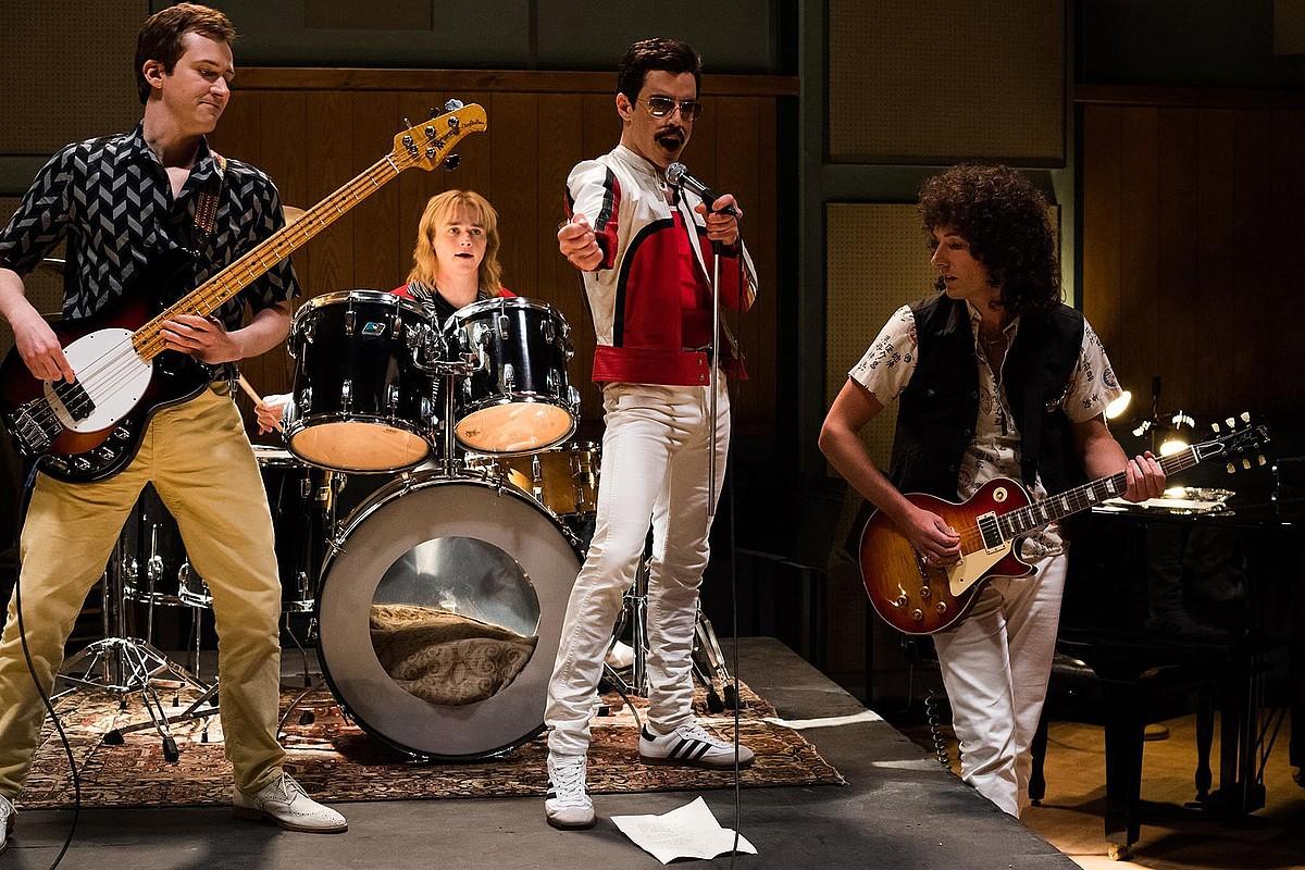 Rami Malek, Joseph Mazzello, Ben Hardy eta Gwilym Lee aktoreak, Queen taldea antzezten. ©BERRIA