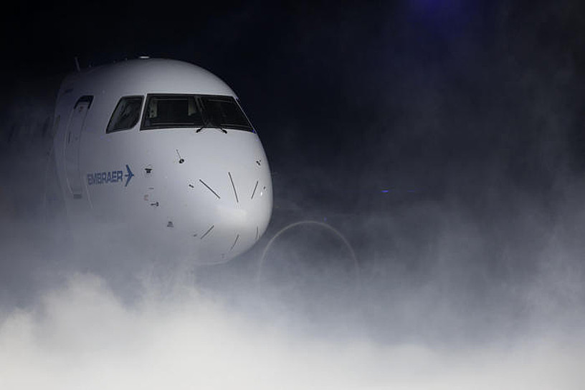 Euskal enpresek parte hartu dute E190-E2 hegazkinean. ©SEBASTIAO MOREIRA / EFE