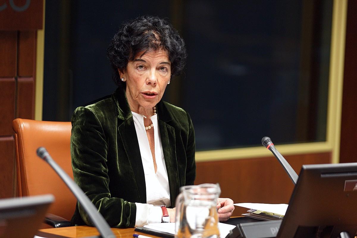 Espainiako Hezkuntza ministro Isabel Zelaa.