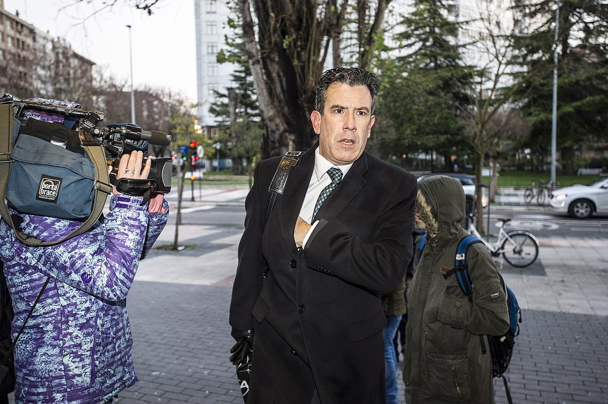 Josu Izagirre Arabako fiskal nagusia, epaitegira sartzen. ©JAIZKI FONTANEDA / FOKU