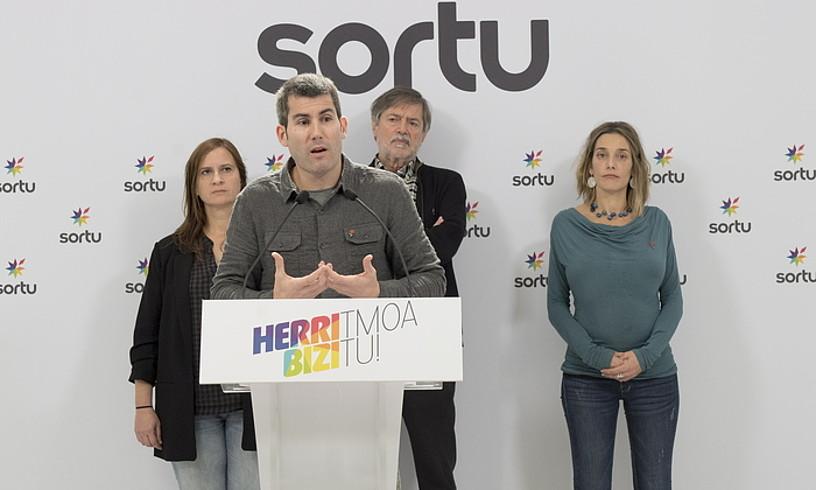 Jacinto, Rodriguez, Diez eta Zabaleta, atzo, Donostian. / JUAN CARLOS RUIZ / FOKU