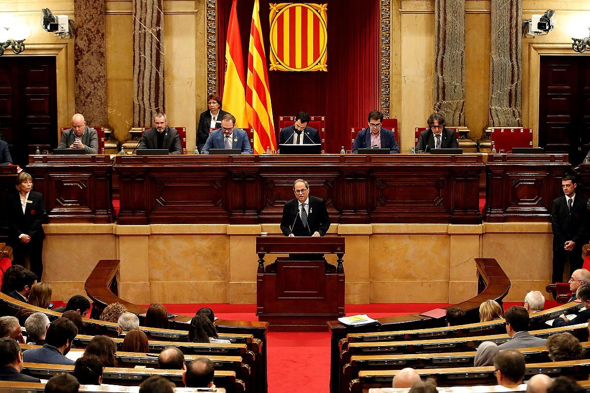Quim Torra Generalitateko presidentea, atzo, Kataluniako Parlamentuan egindako agerraldian.