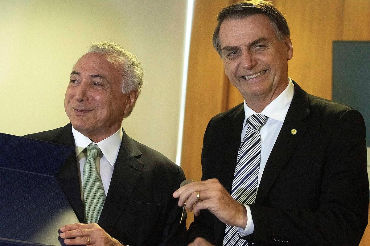 Michel Temer eta Jair Bolsonaro, atzo, Planalto jauregian. ©JOEDSON ALVES / EFE