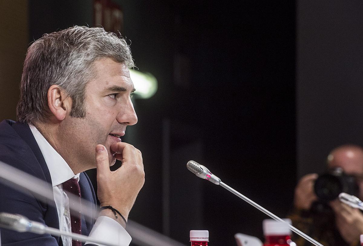 Josu Urrutia Athleticeko presidentea, atzo San Mamesen egindako agerraldian. ©MARISOL RAMIREZ / FOKU