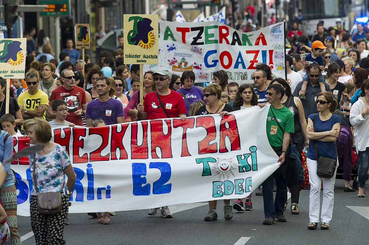 LOMCEren aurkako eta hezkuntza eredu propio baten aldeko manifestazio bat, Gasteizen. ©JUANAN RUIZ / FOKU