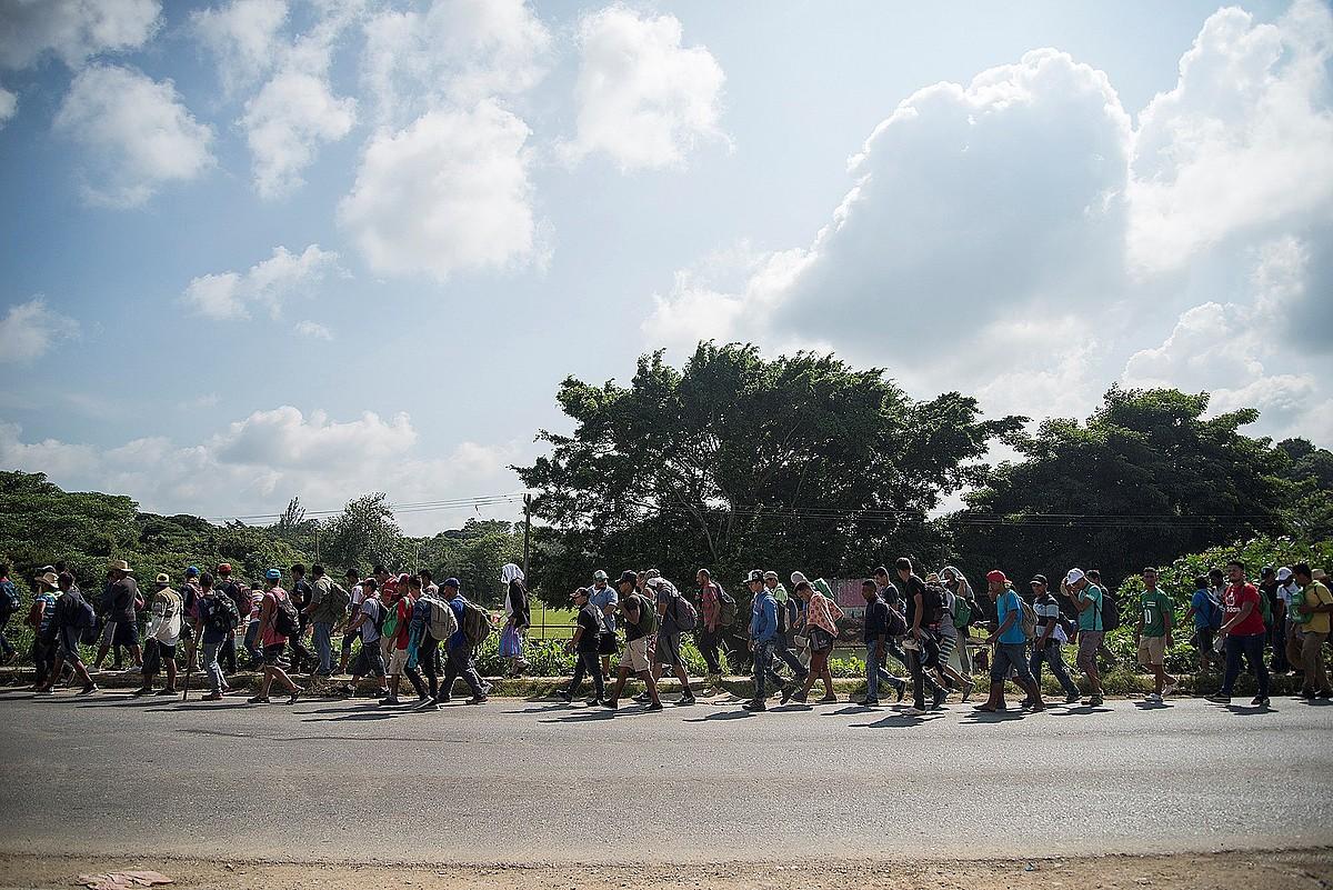 AEBetara bidean doan migratzaileen bigarren karabana Mexikoko Oaxaca estatuan, herenegun. ©LUIS VILLALOBOS / EFE