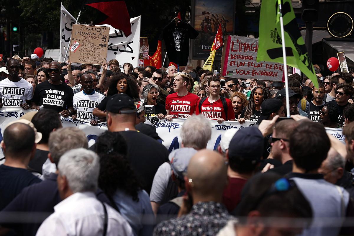 Frantziako Gobernuaren erreformen aurka Parisen egin zen protesta, joan den maiatzaren 26an. ©ETIENNE LAURENT / EFE