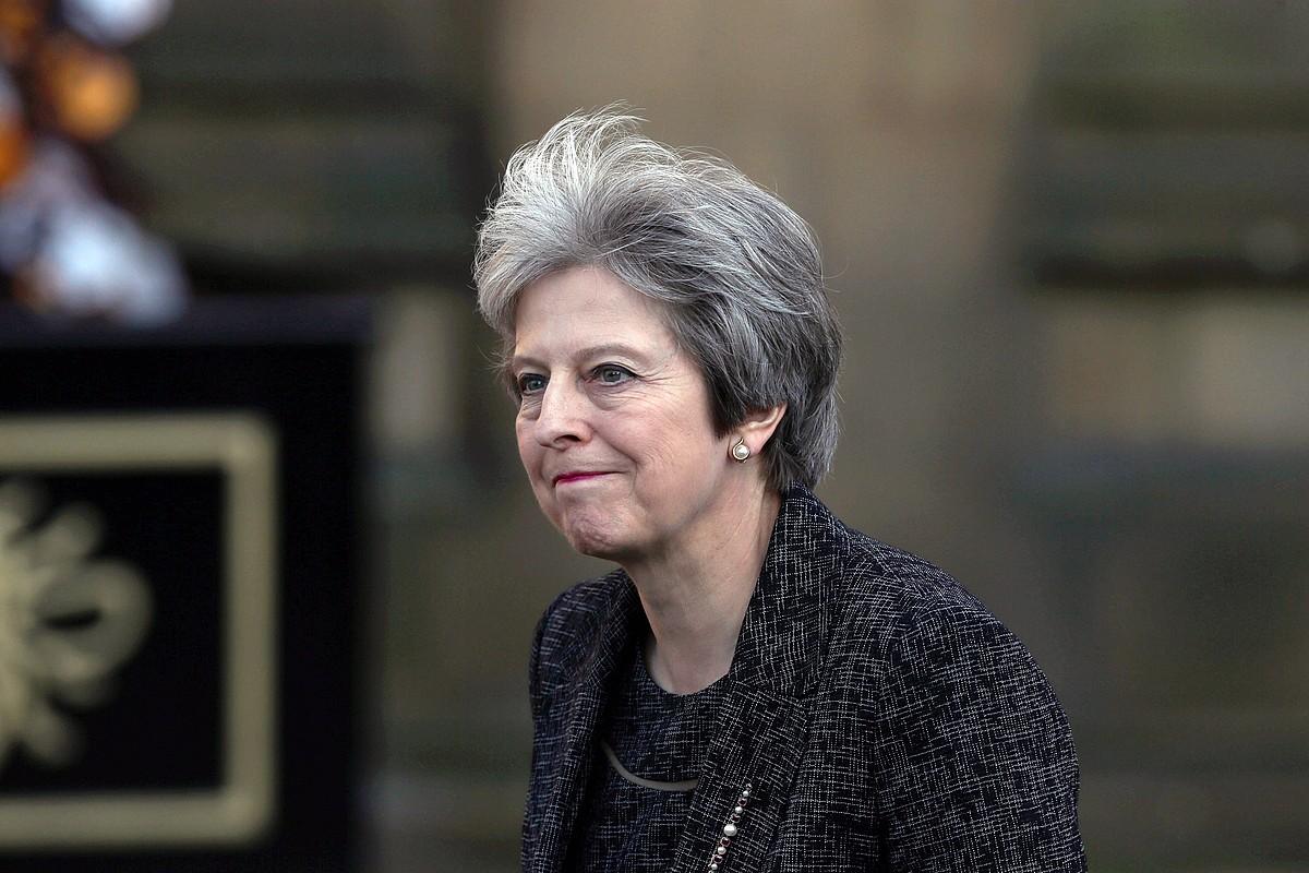 Theresa May Erresuma Batuko lehen ministroa bere kabineteko ministroekin banan-banan bildu zen, atzo. Argazkian, joan den maiatzean. ©NIGEL RODDIS / EFE