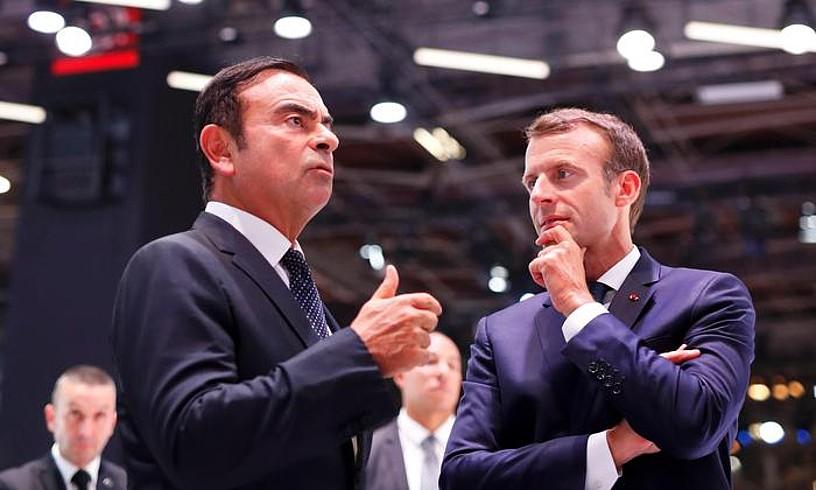 Carlos Ghosn —ezkerrean— eta Emmanuel Macron, Parisen, joan den urriaren 3an.