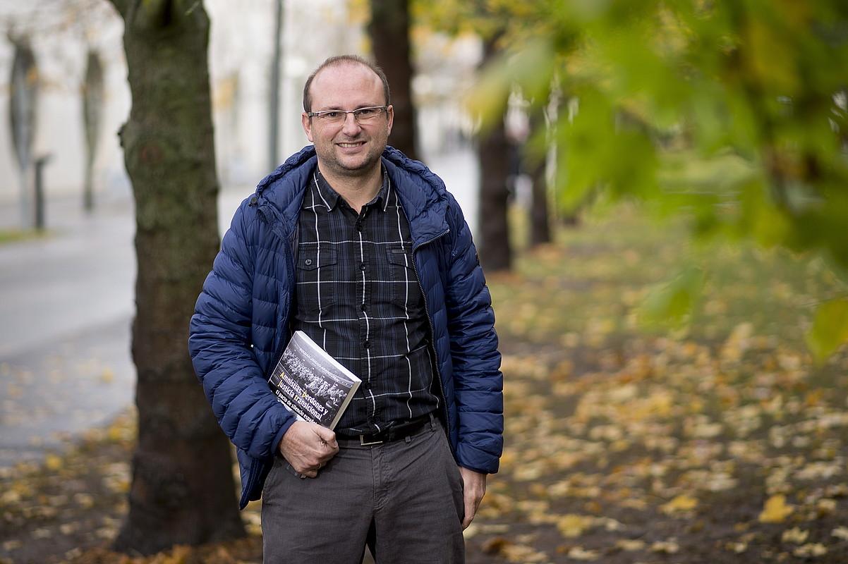 «PSOEk ez zuen interes handirik frankismoa epaitzeko»