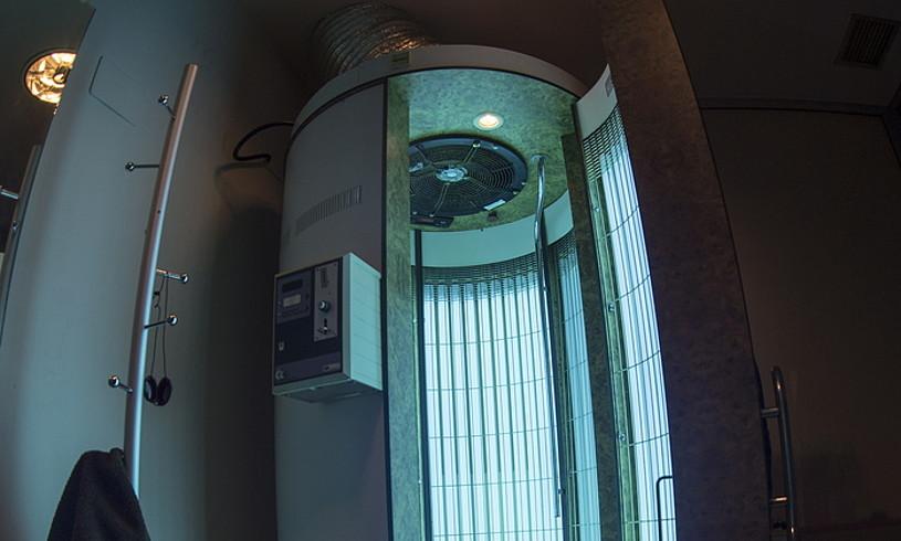 Azpeitiko Jone eta Maikar zentroan solariumen erabilera aldatu dela diote, jendea kontzientziatuago dagoelako. ©JON URBE / FOKU