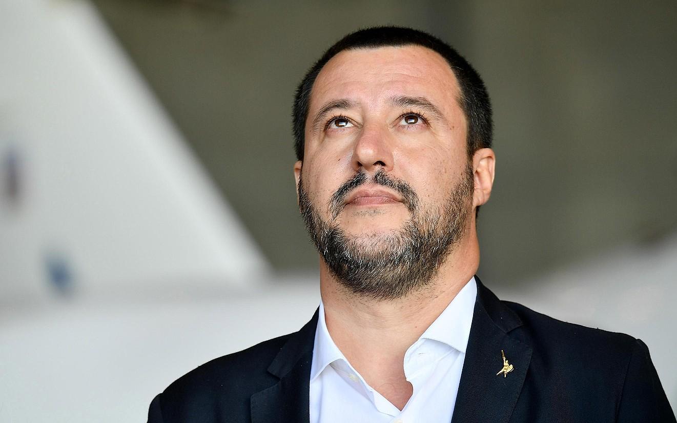 Salvini Italiako Barne ministroa, artxiboko irudi batean.