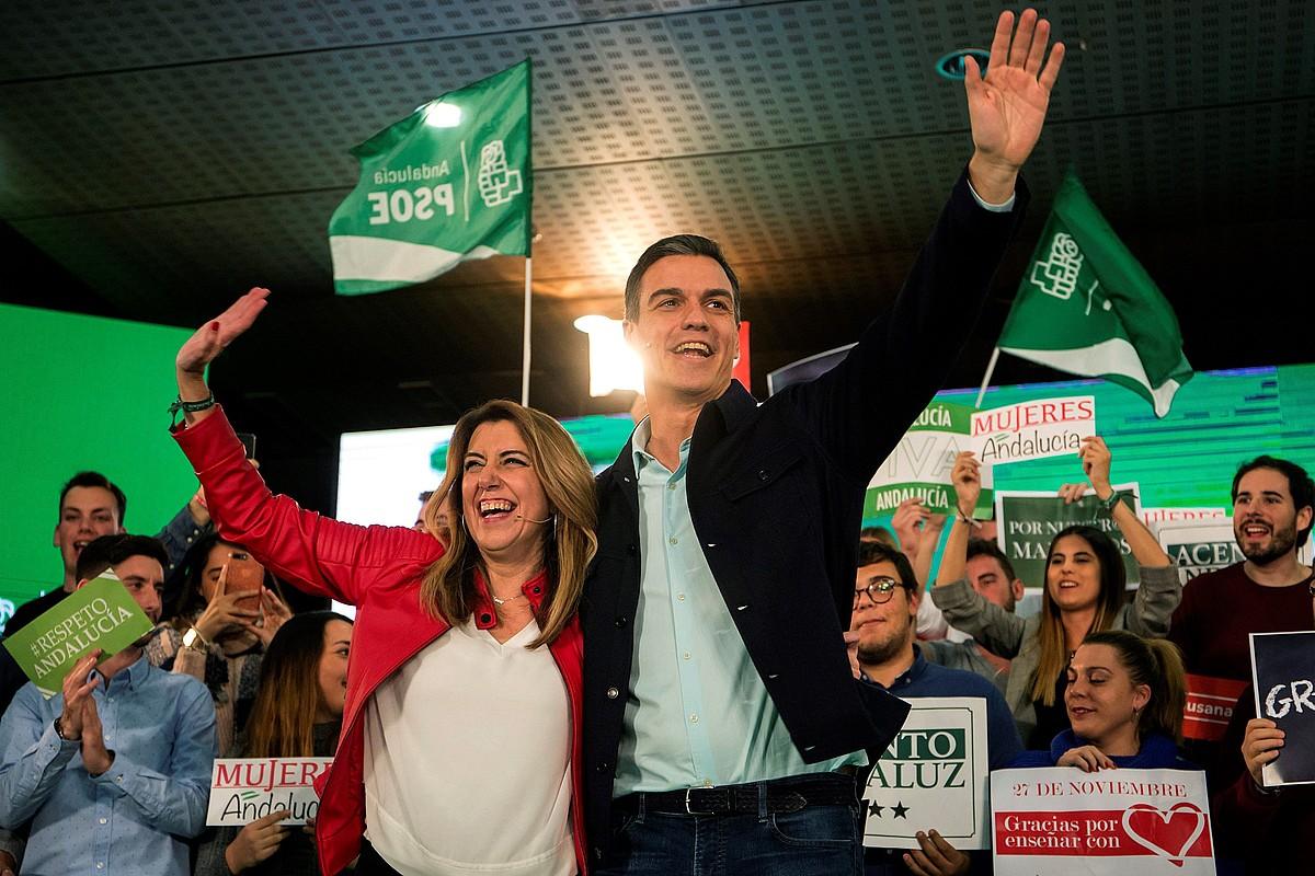 Susana Diaz Andaluziako presidentea eta Pedro Sanchez Espainiakoa, kanpainako ekitaldi batean. ©DANIEL PEREZ / EFE