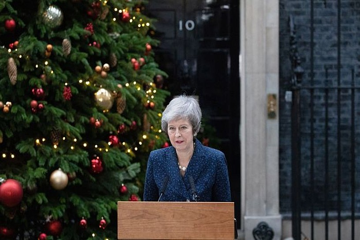 Theresa May lehen ministroa, atzo goizean egindako agerraldian, Downing Streeten, Londresen. ©STR / EFE