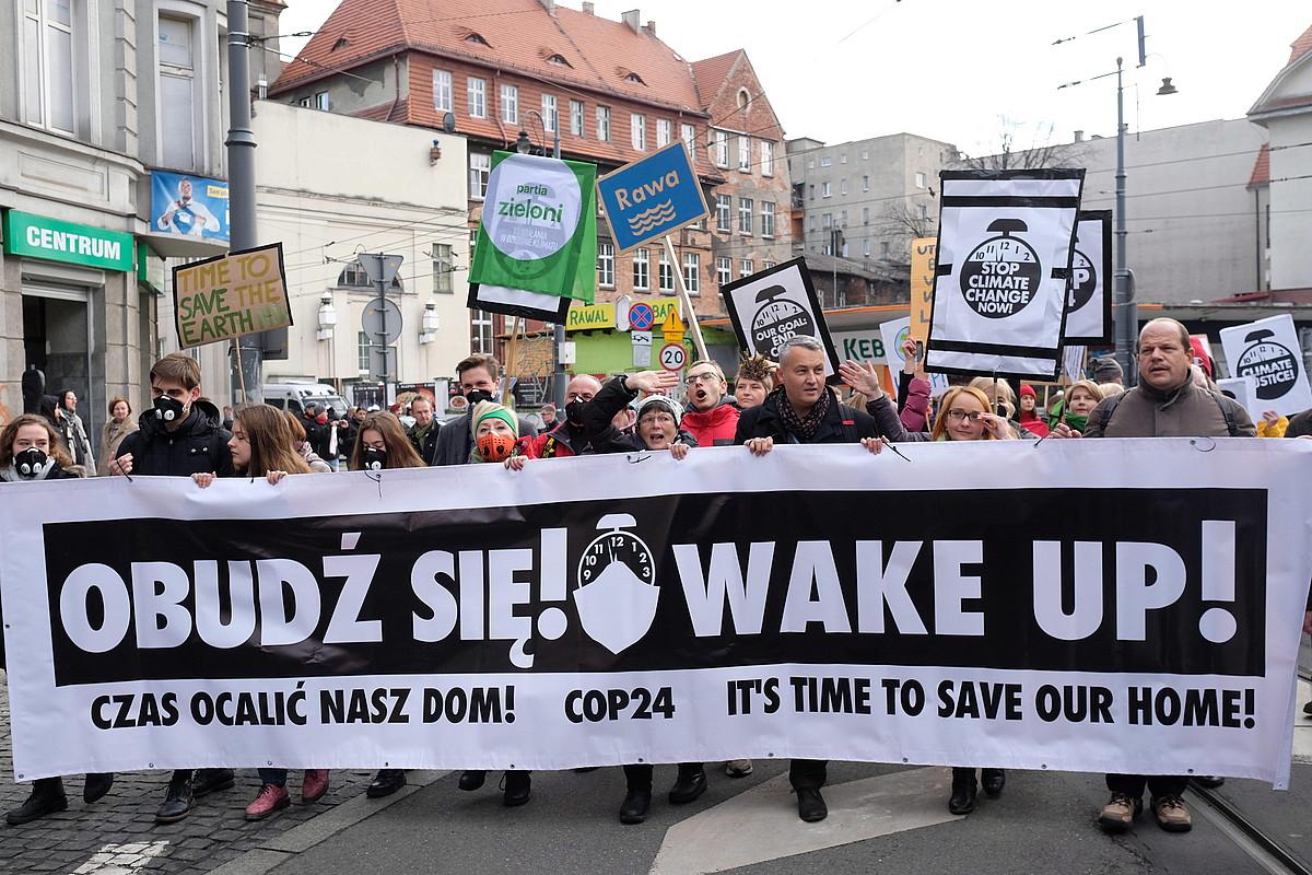 COP24 goi bileraren harira iragan abenduaren 8an klima aldaketaren alde egindako manifestazioa, Katowicen, Polonian. ©ANDRZEJ GRYGIEL / EFE