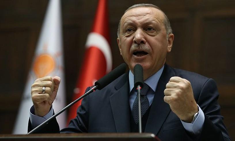 Recep Tayyip Erdogan Turkiako presidentea, Ankaran, atzo, AKP alderdiaren ekitaldi batean. ©STR / EFE
