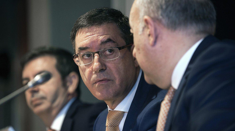 Euskaltelen zuzendaritza. Alberto Garcia Erauzkin presidentea erdian. ©MIGUEL TOÑA / EFE